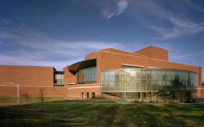 University of Missouri – St. LouisTouhill Performing Arts Center